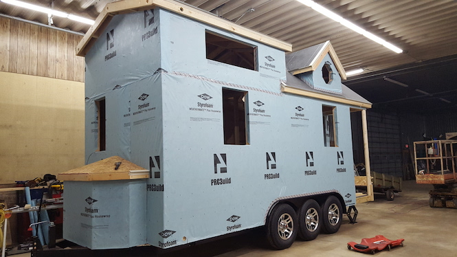 building a tiny home - sheathing